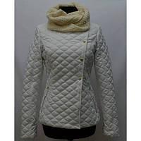 Дизайнерская молодежная куртка стеганная декорирована кнопками