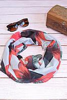 Воздушный шарф снуд в цветы красный
