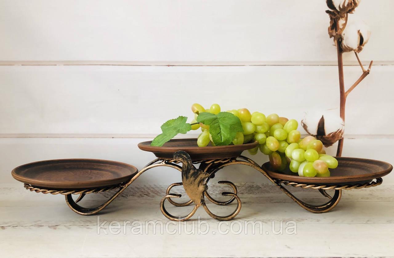 Кованая подставка с тарелками из красной глины 60*23 см