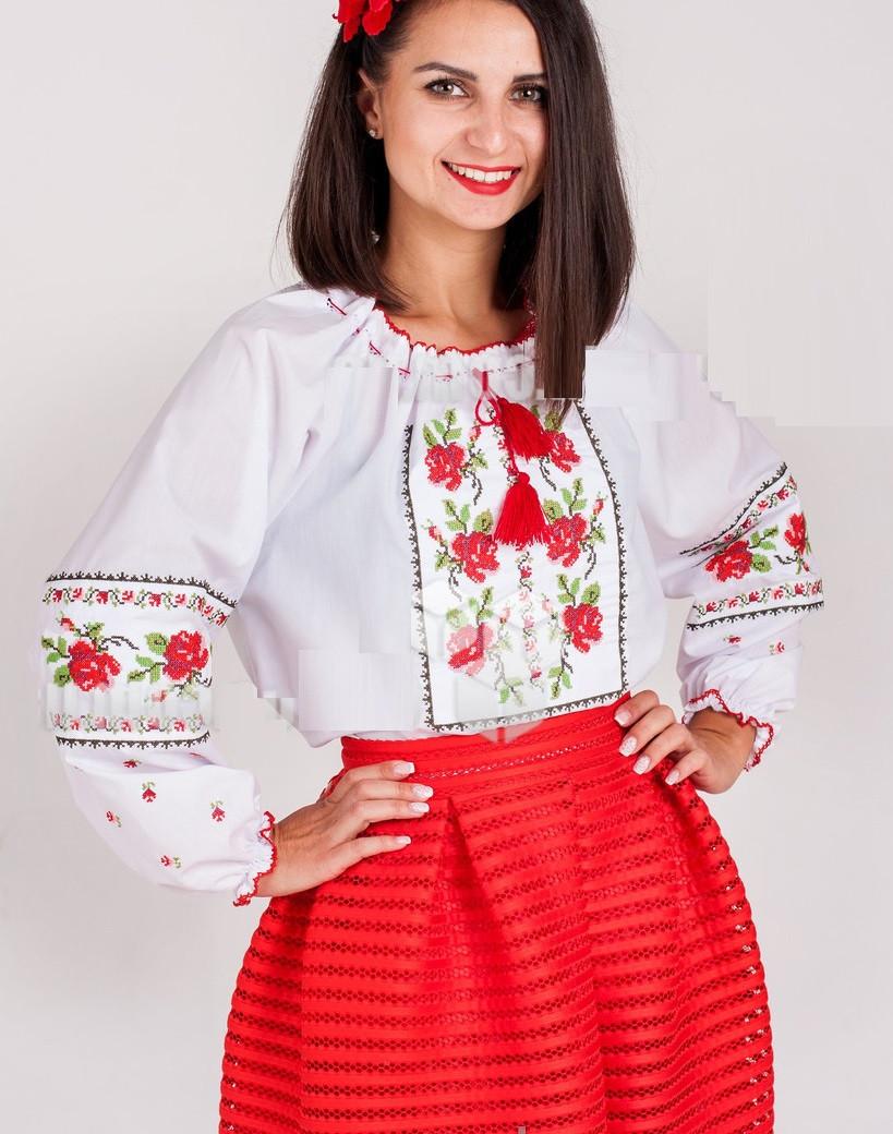 Украинская вышиванка для девочки цветок