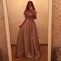 Вечернее длинное платье с пышной юбкой