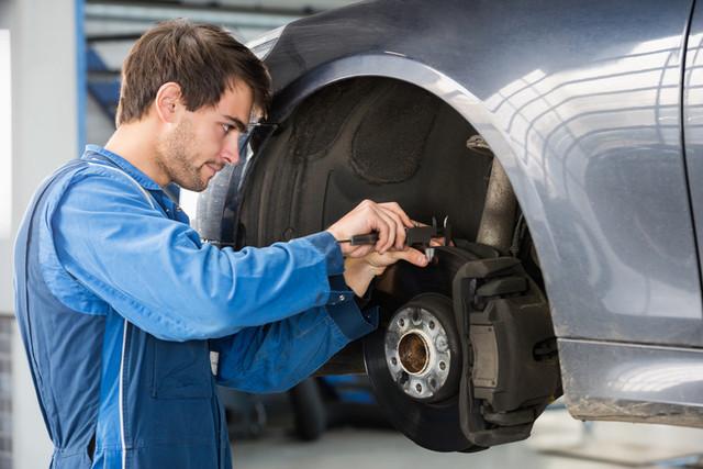 Обслуживание и ремонт тормозных систем - фото