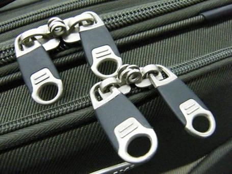 Бегунки для чемоданов и дорожных сумок