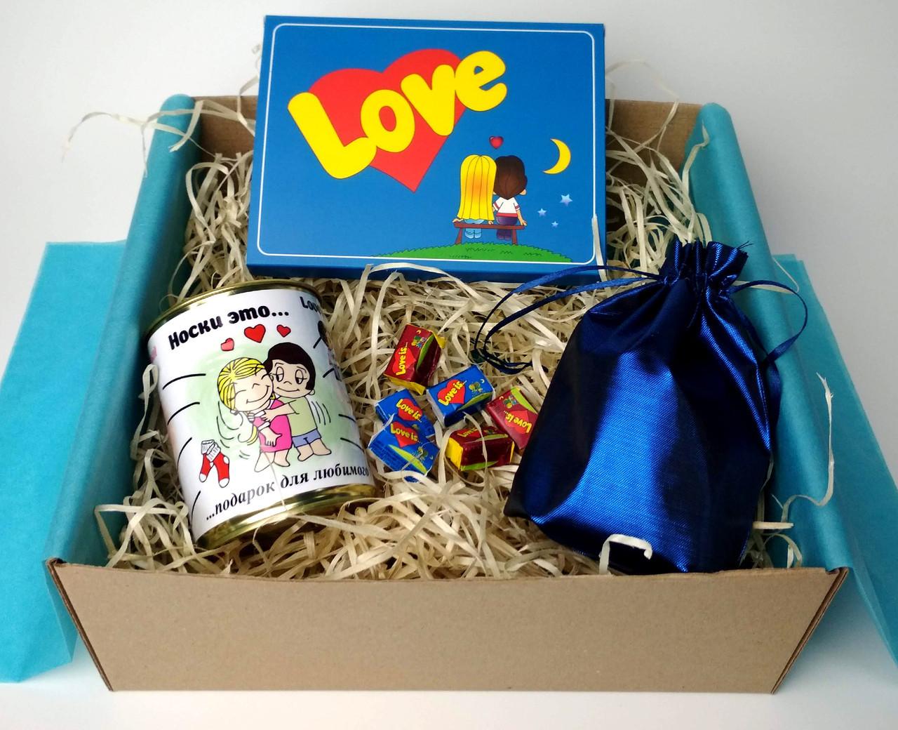 """Набор для любимого """"Love is"""" - Мужской подарочный набор """"Любовь - это..."""" - Оригинальный подарок мужчине"""
