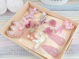 Подарочный набор украшений 11 заколок в коробке