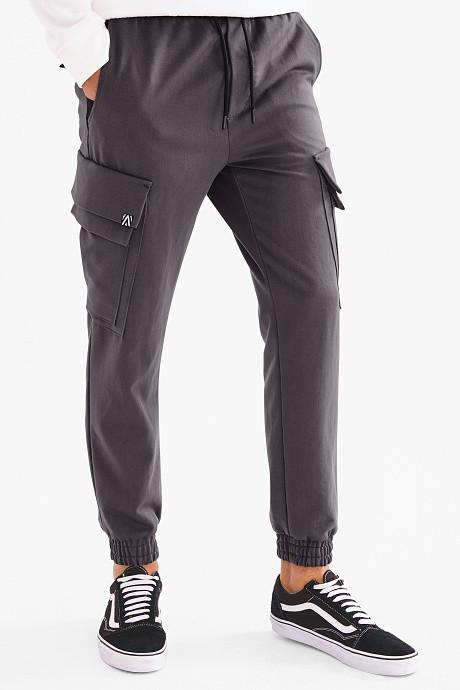 Мужские серые штаны джоггеры с боковыми карманами карго на манжетах C-and-A оригинал
