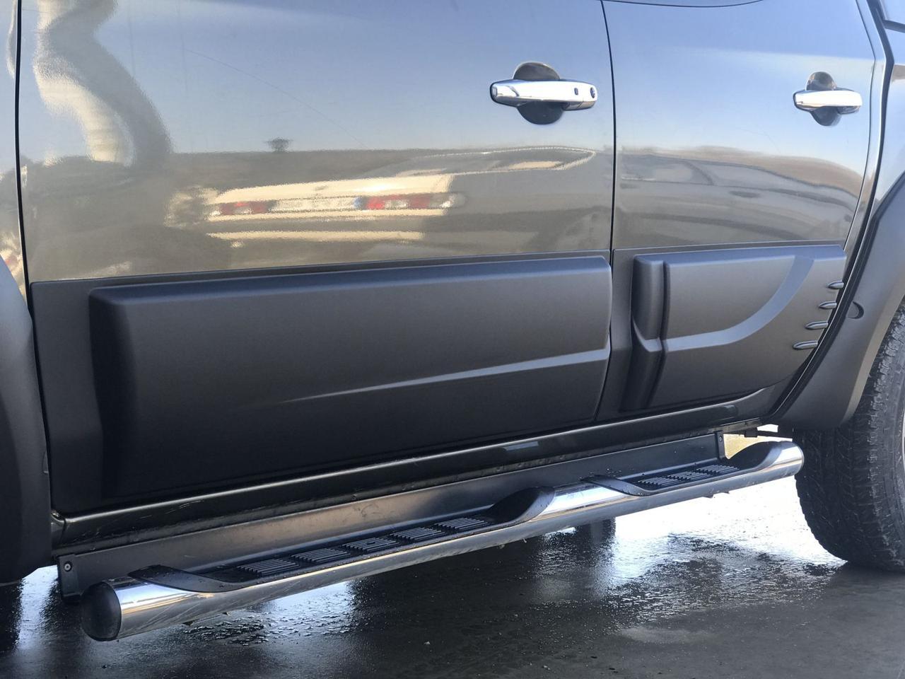 Накладки на двери Fiat Fullback 2015+