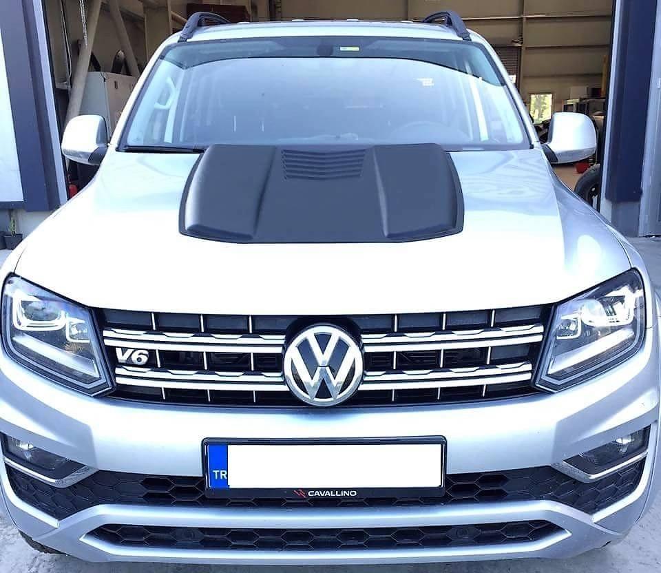 Накладка на  капот VW Amarok