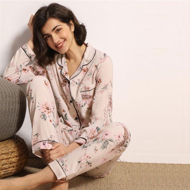 Пижама женская на пуговицах с цветочным принтом. Комплект для дома, сна с длинным рукавом, р. S