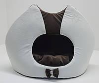 Будка для котов и собак Мистик-котик №2 32х52х44 см коричневая