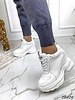 Сникерсы женские демисезонные белые на шнуровке (шероховатые), фото 1