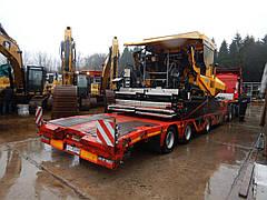 Асфальтоукладач Demag успішно завантажений та прямує на Україну з Німеччини.
