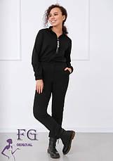 Жіночий комбінезон з коміром-стійкою в спортивному стилі з кишенями бежевий, фото 2