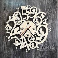 Интерьерные часы на стену из древа с котами