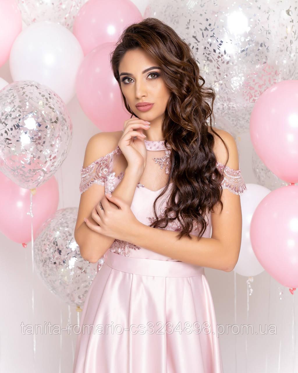 Випускна сукня рожевого кольору, атласна з мереживом M