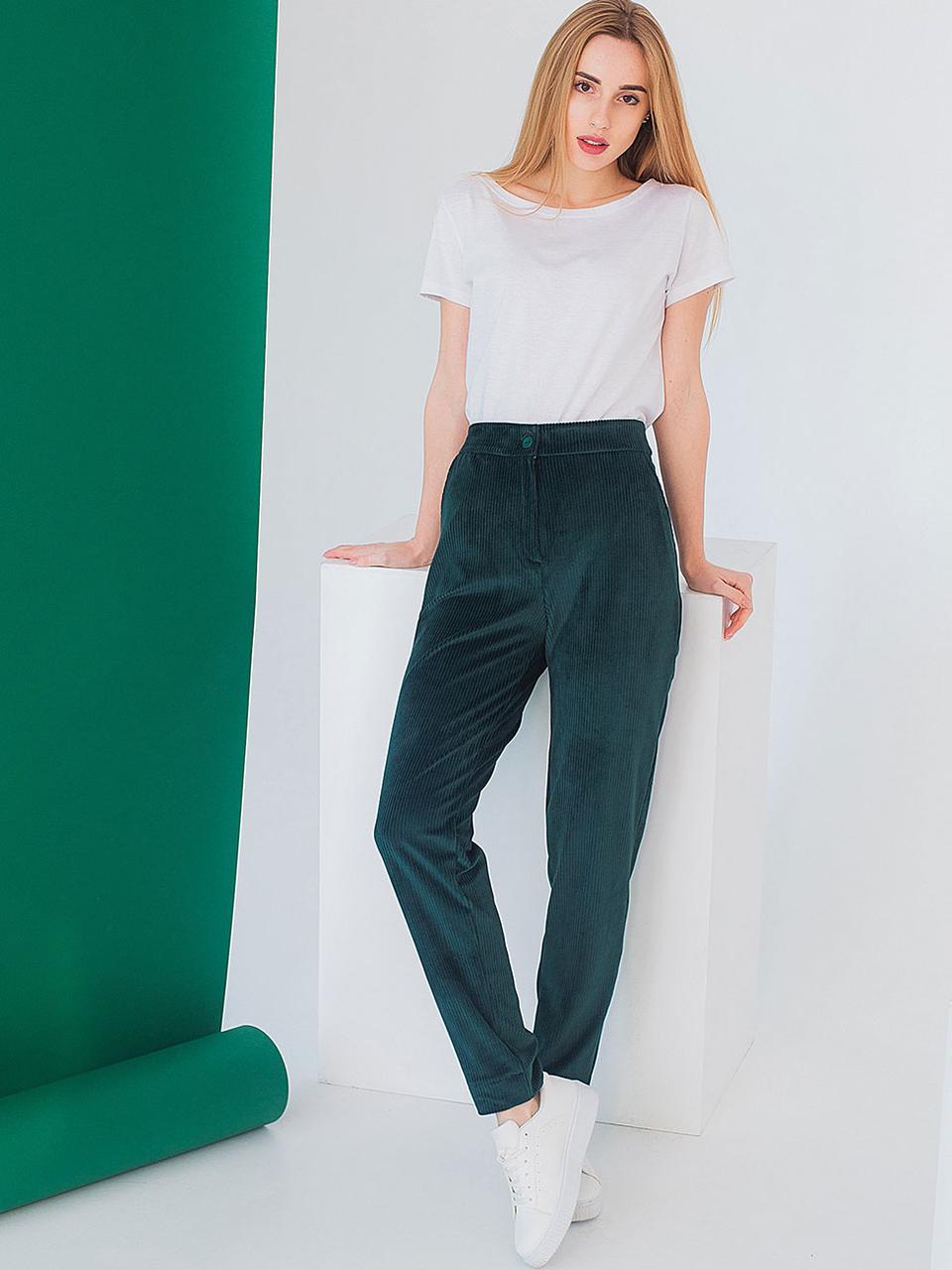 Модные вельветовые брюки зеленого цвета в размерах S, M, L
