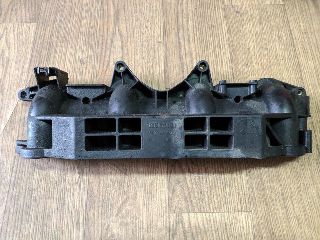 Коллектор впускной (пластиковый) Renault Trafic, Opel Vivaro 2.5, 2003-2014, 8200684323 (Б/У)