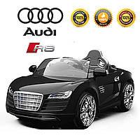Детский электромобиль  Audi R8 с пятиточечным ремнем безопасности и пультом родительского контроля/