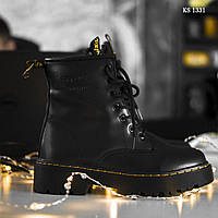 Женские зимние ботинки на меху  Dr. Martens Jadon, натуральная кожа, полиуретан, прошитые, черные 37