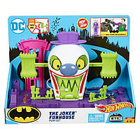 Оригинальный детский игровой набор Хот Вилс Веселый дом Джокера Hot Wheels DC The Joker Playset GBW51