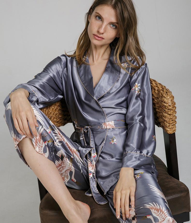 Піжамний шовковий костюм на запах. Піжама жіноча атласна для дому, сну, розмір XL (сірий)