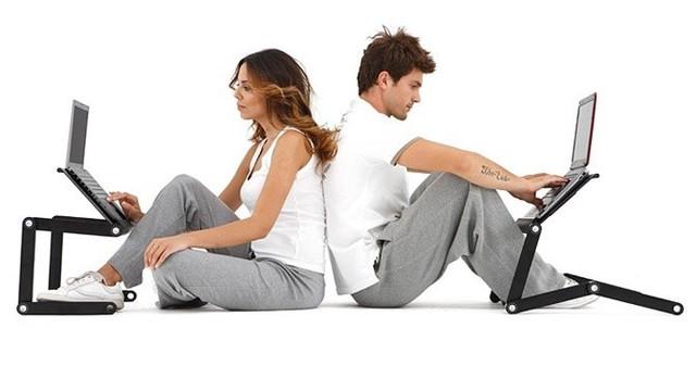Подставки для охлаждения и столики для ноутбуков