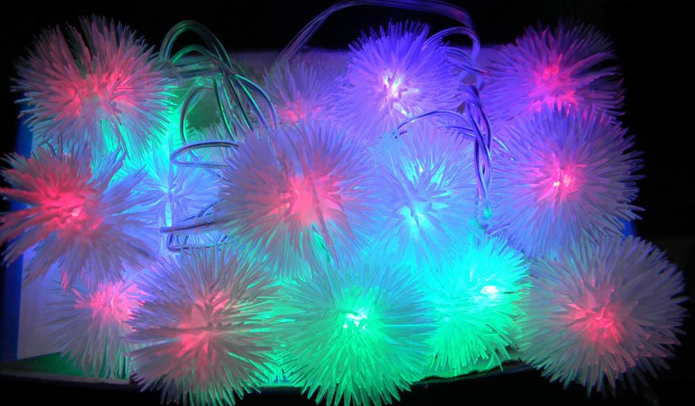 Гирлянда светодиодная новогодняя цветная Снежинки 20 LED ламп 4.5м