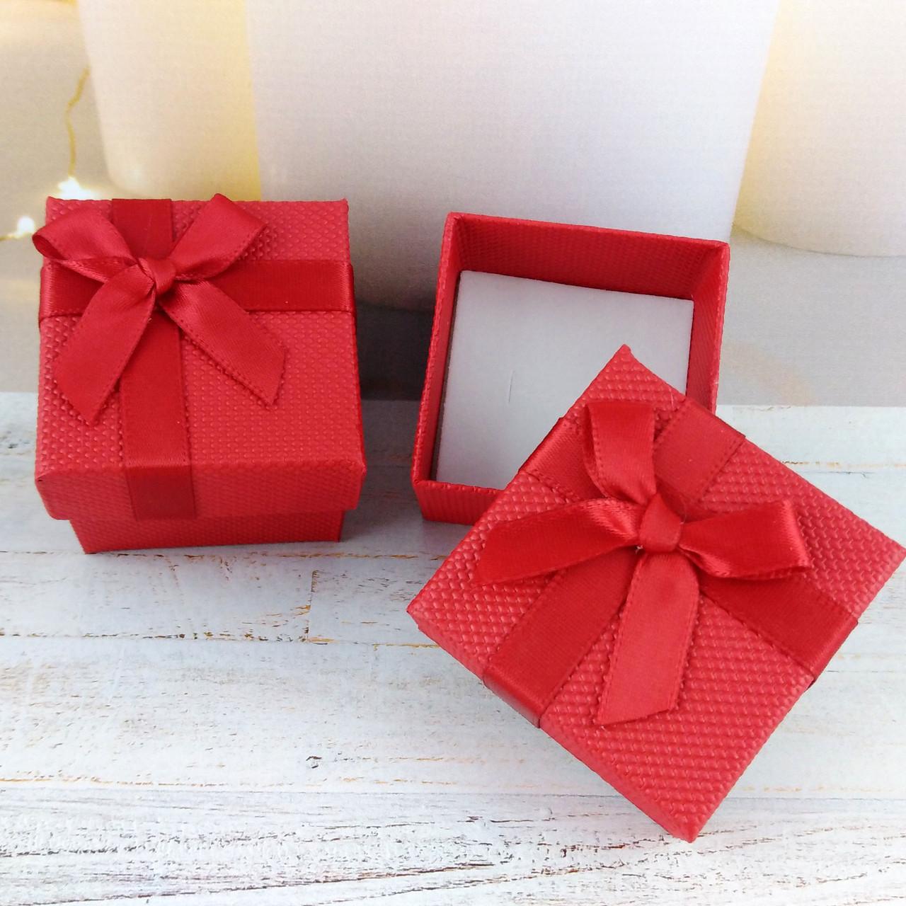 Подарочная коробочка STYLE Красная
