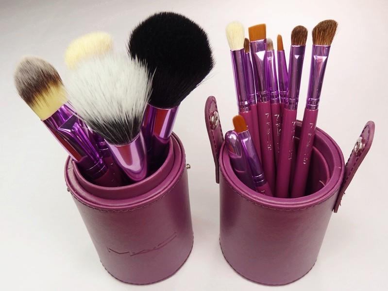 Набор кистей для профессионального макияжа укороченных MAC 12 шт в тубусе