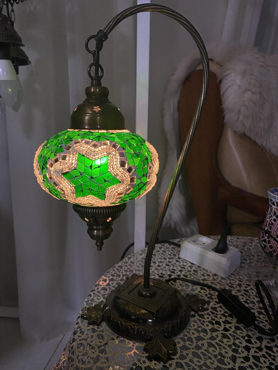 Настольный изогнутый турецкий светильник кэмэл  Sinan из мозаики ручной работы Зеленый