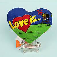 "Декоративная подушка сердце ""Love is"" 14 см"