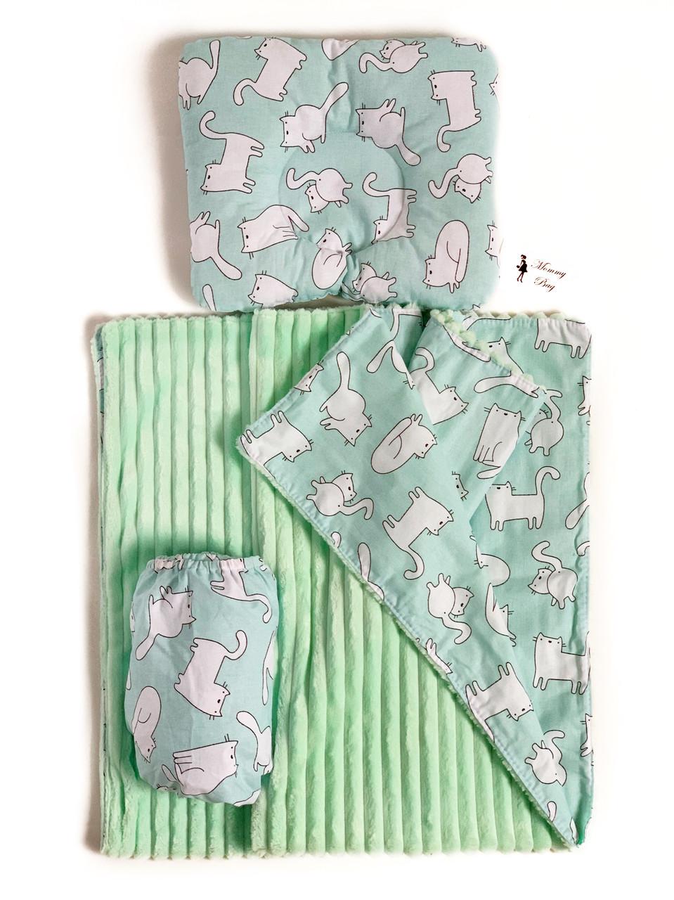 Набор в детскую кроватку (простынь, плед, подушка) Котики №4