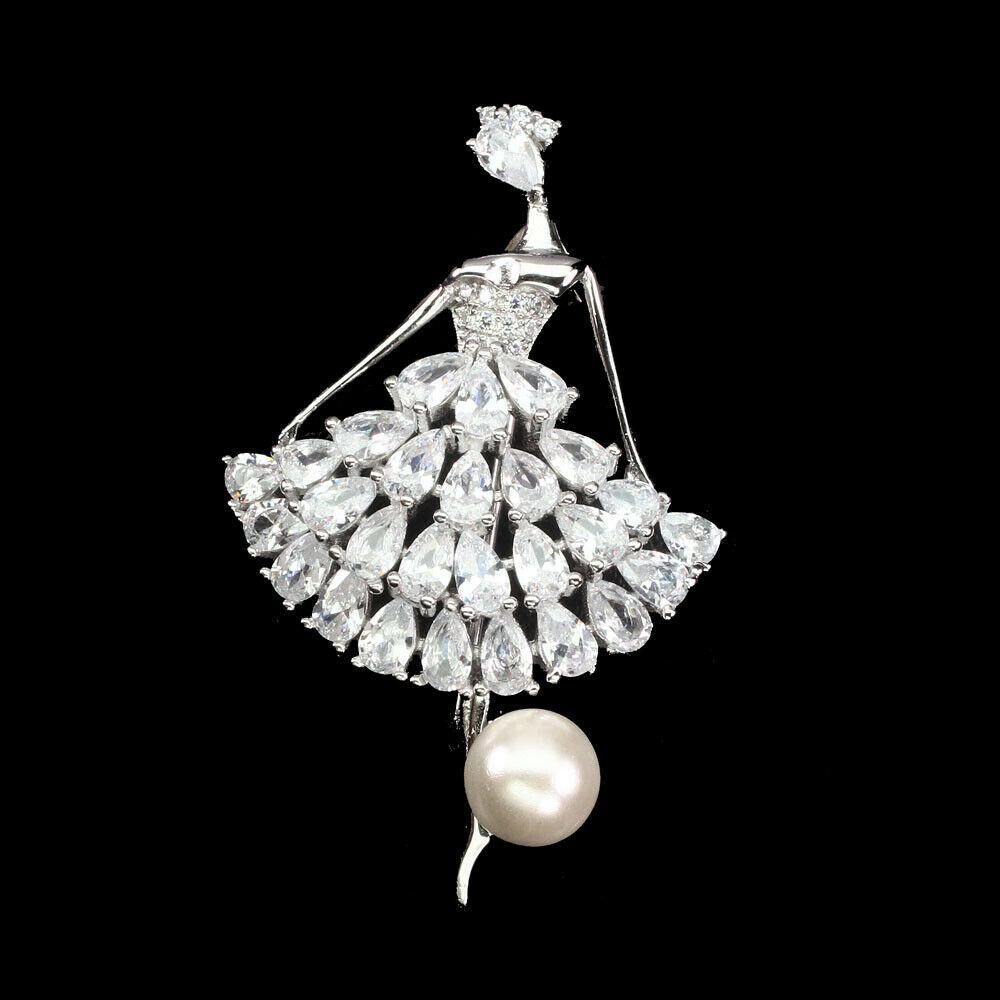 Серебряная брошь Балерина