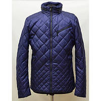 Качественная мужская куртка стеганная в спортивном стиле