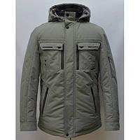 Демисезонная мужская куртка утепленная в спортивном стиле