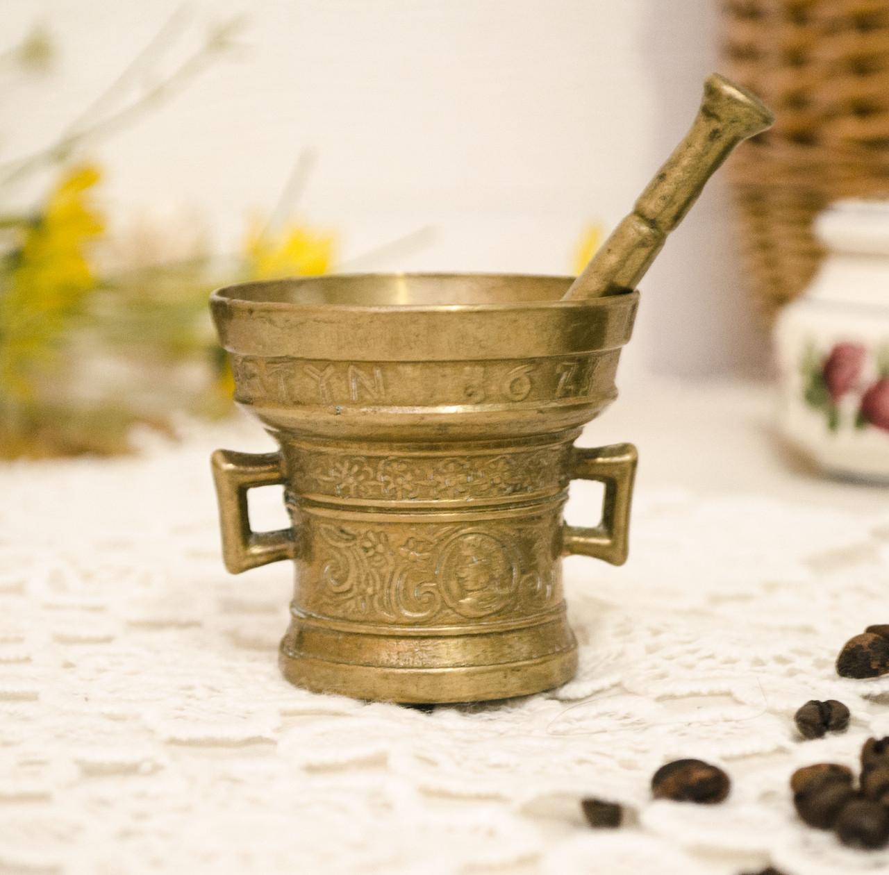 Стара бронзова ступка, ступка для спецій, з товкачиком, бронза, Німеччина