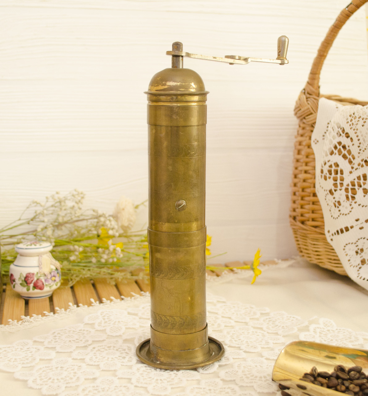 Антикварная ручная бронзовая кофемолка, мельница, бронза, Германия, C August Lehnartz