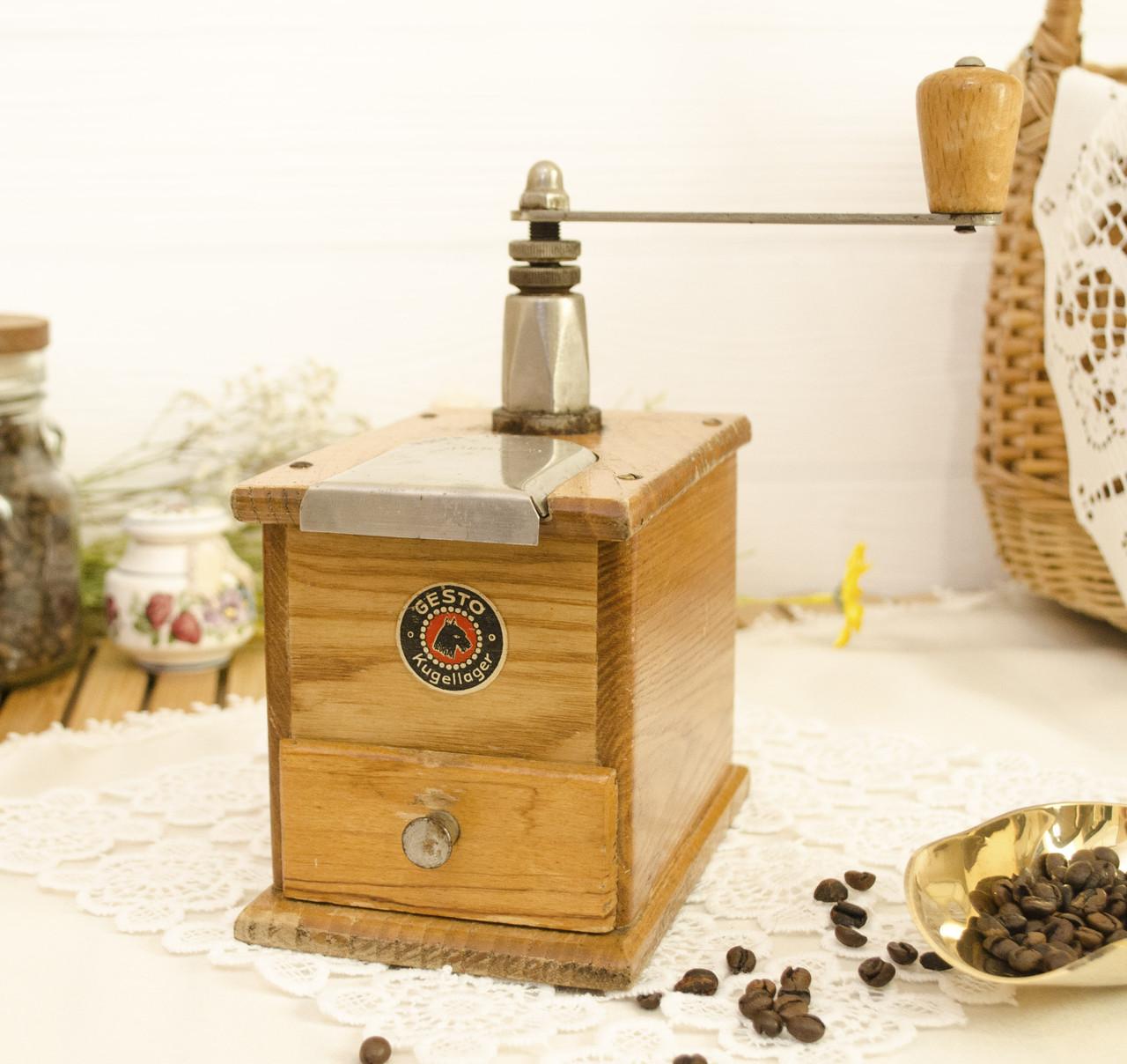 Старая ручная механическая деревянная кофемолка, Германия, Mokka D.R.P. Muhl GESTO