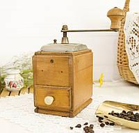 Старая ручная немецкая кофемолка, деревянный корпус, Германия, Zassenhaus, фото 1