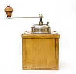 Старая немецкая ручная кофемолка, деревянный корпус, стальной механизм, Германия, Mocca geschmiedetes Mahlwerk, фото 4