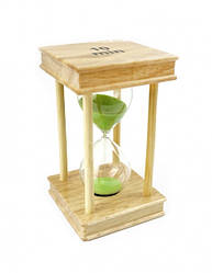 Песочные часы 10 минут на квадратной деревянной подставке салатовый песок
