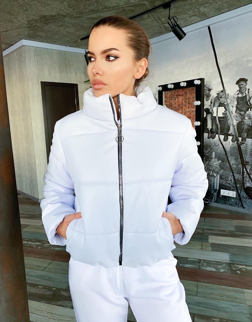 Женская весення укорочённая куртка из эко кожи,белого цвета