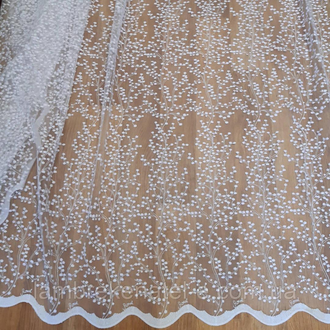 Тюль в зал спальню фатин с вышивкой Цветущая сакура