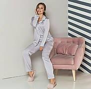 Пижама шелковая в горошек  женская серая