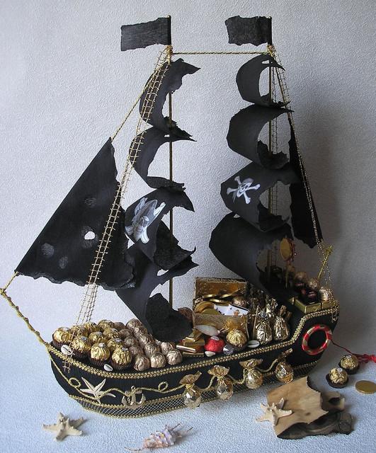 Корабли из конфет