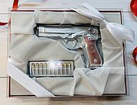 Шоколадный набор Пистолет Беретта и патроны. Подарки для настоящих мужчин. Оригинальный подарок парню.