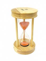 Песочные часы 15 минут на круглой деревянной подставке оранжевый песок