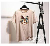 Летняя женская футболка с аппликацией кота в мелкие пайетки 44-48 р