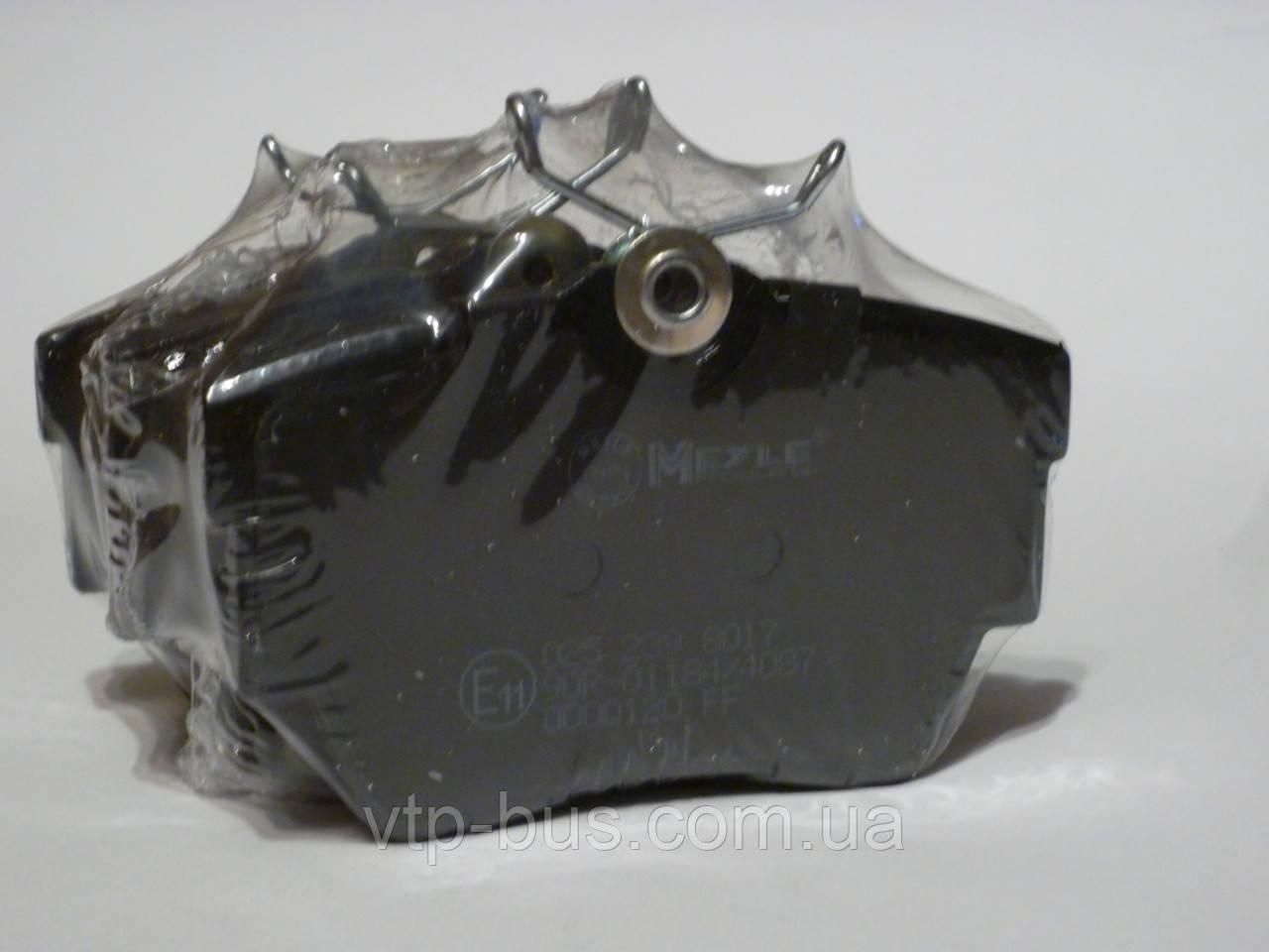 Тормозные колодки задние на Renault Trafic / Opel Vivaro с 2001...  Meyle (Германия) - MY0252398017