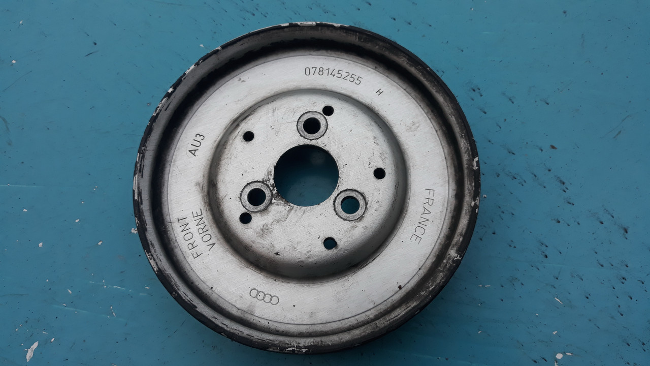 Шкив насоса гур гидроусилителя ауди а4 б5 а6 с5 а8 д2 пассат Audi A4 B5 A6 C5 a8 d2 Passat Superb 059145255H